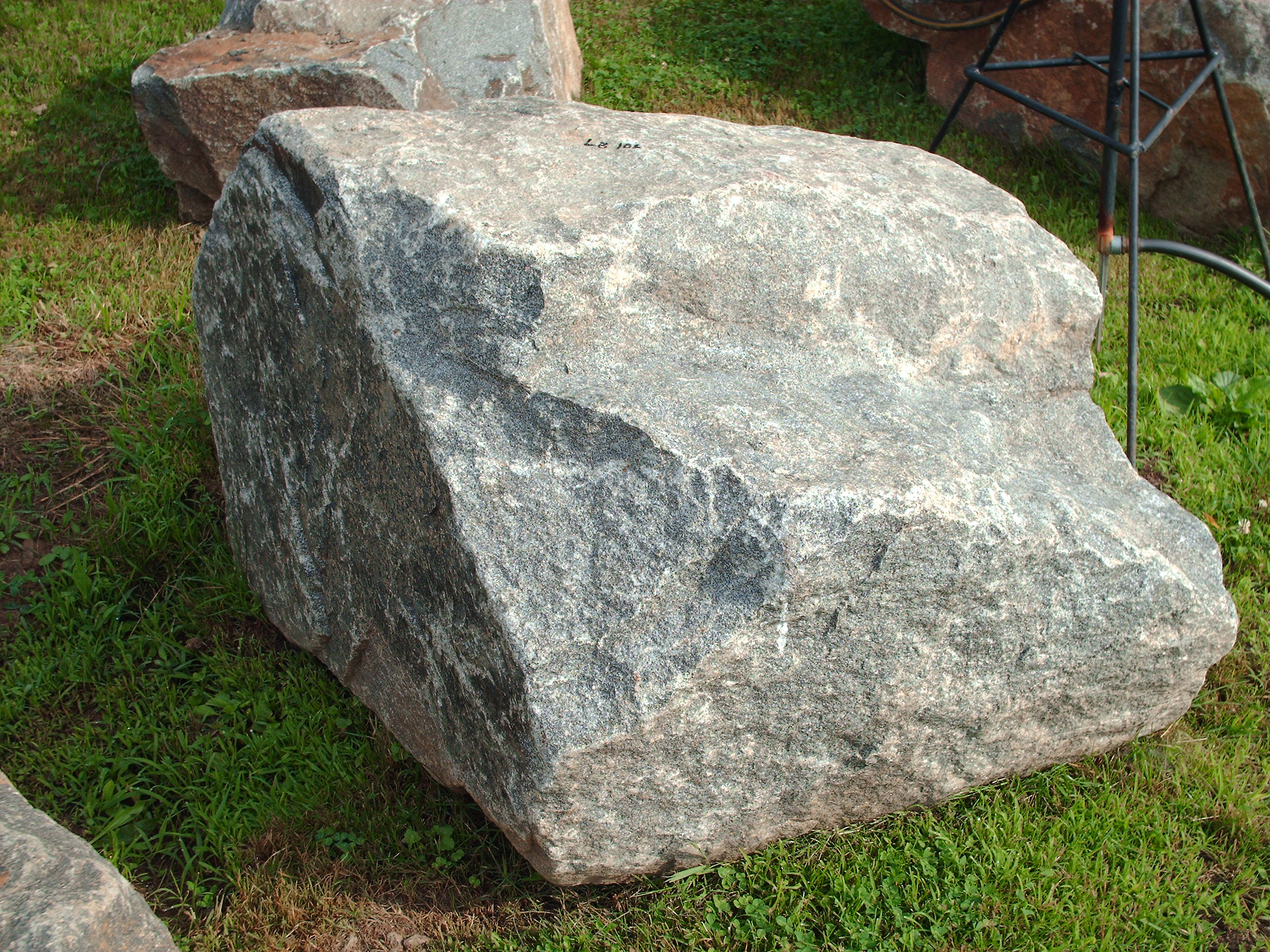 Large Boulder #LB0007...$155 Loaded on Your Truck or We Can Arrange ...